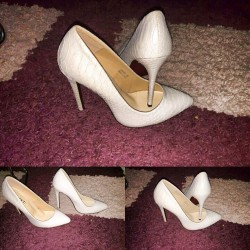 ladies golden heels shoes in Kenya