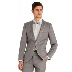 Trendy and fashionable men's slim fit suits in Kenya